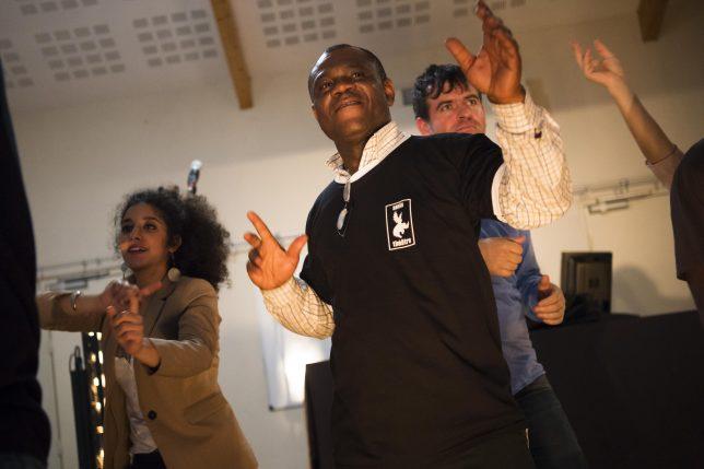 L'Amin Compagnie Théâtrale, travaille avec un groupe de cinq Grignois (bénéficiaire du RSA). Depuis décembre, nous avons entamés la seconde phase, plus portée sur l'action et l'investissement personnel :les bénéficiaires de l'actiondoivent organiser un événement culturel en juin. L'événement le 25juin, à lamaison de quartier des Tuileries de Grigny à partir de 16h. performance de Hip Hop.